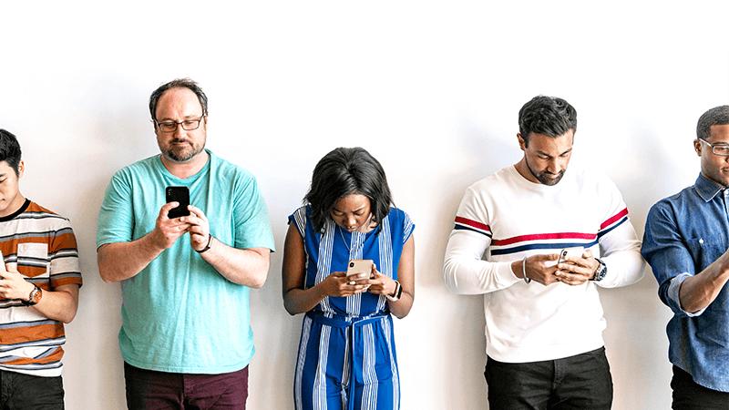 Zagrożenia płynące zsocial mediów